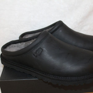 UGG Shoes - UGG LEATHER CLOG SHEARLING SLIPPERS NEW BLACK